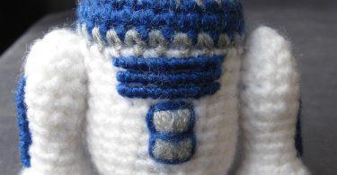 r2-d2 star war mini amigurumi crochet R2-D2 Star War Mini Amigurumi Crochet R2 D2 Star War Mini Amigurumi Crochet 375x195