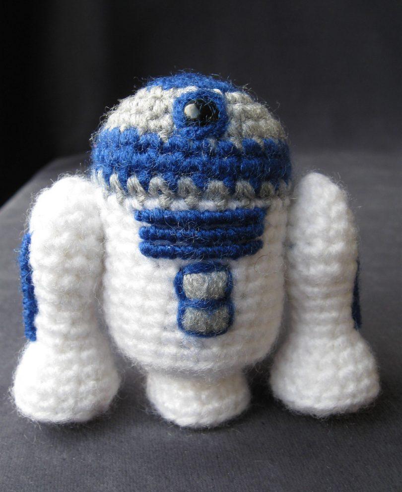 r2-d2 star war mini amigurumi crochet R2-D2 Star War Mini Amigurumi Crochet R2 D2 Star War Mini Amigurumi Crochet 810x992